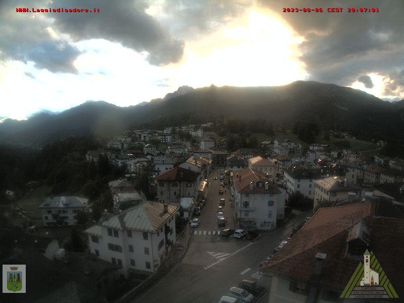 Webcam vista Laggio dal campanile della chiesa di S.Antonio Abate